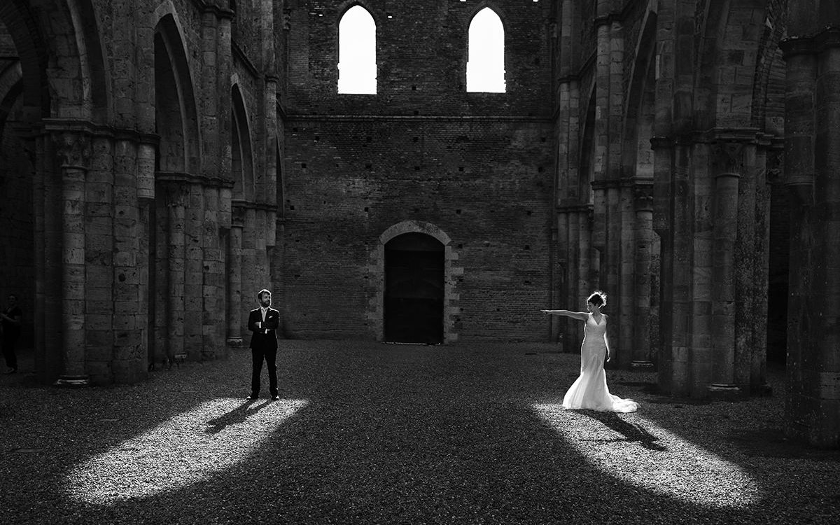 Francesca and Nicola {wedding in San Galgano Abbey}